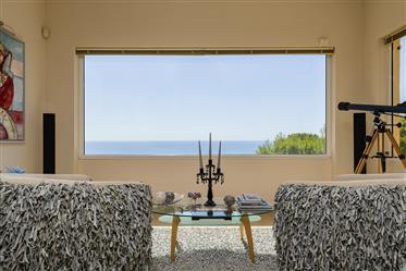 Espectacular Villa Individual Con Vistas Al Mar Totalmente Reformada Con Acabados De Alta Calidad