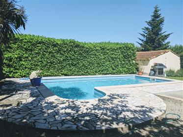Private 4 bedroom character house (200m2), with large gardens (10,000m2) and pool