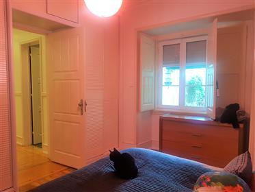 Appartement de charme T2-1 avec patio à Bairro dos Atores