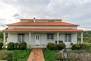 Haus: 320 m²