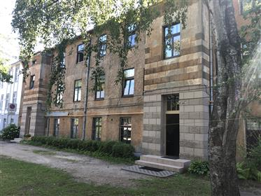 House: 945 m²