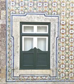 Moradia  V7 + 3 Tradicional de 3 pisos no Centro da Ericeira