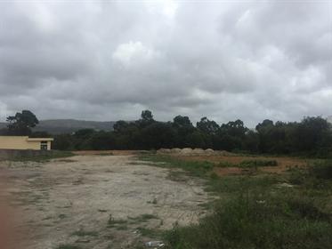 Terreno Rustico com 16000m2 junto ao Mercadona- Fanzeres, G~