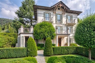 Villa Art Nouveau - 39Fi