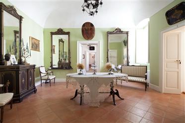 Vivenda de luxo: 1948 m²