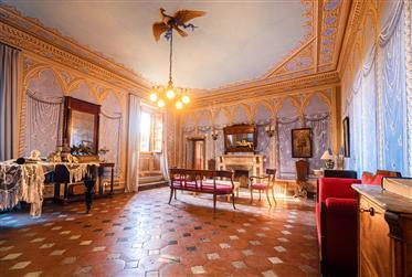Castello Storico nel Chianti - Logk