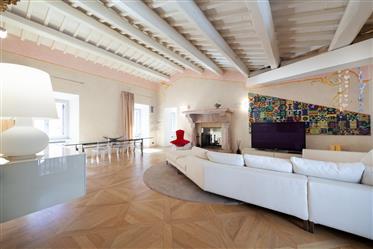 Spoleto Luxury Penthouse - Tzfo