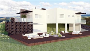 Projecto Aprovado em Zona Residencial