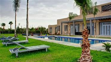 Splendide villa à vendre à Marrakech - Route de Ouarzazate