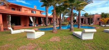 Villa maison d'hôtes à vendre à Marrakech palmeraie