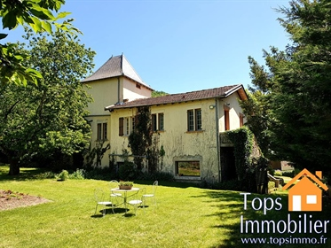 Virtual Tour available at topsimmo. Fr This house is immaculated presented, and has been r