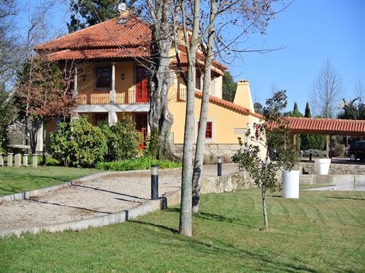 Huis: 811 m²