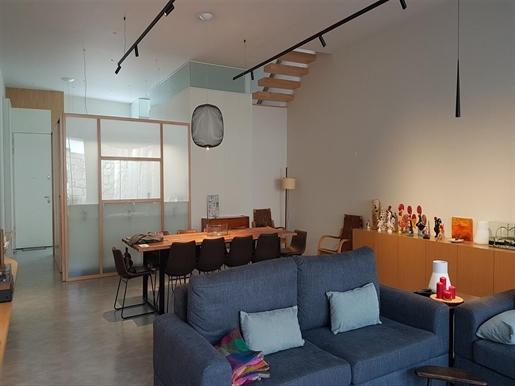 Brand new three-bedroom villa, North Matosinhos