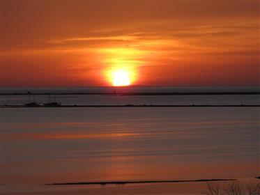 Διαμερίσματα στο Sunset Bay