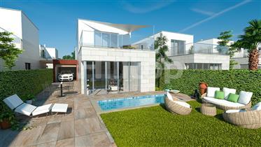 Chalet independiente con piscina y terraza en el mar Menor