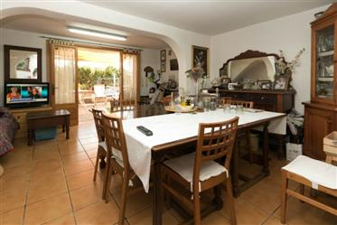 Vivenda: 88 m²