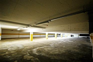 Parque de estacionamento subterrâneo - Centro de Coimbra