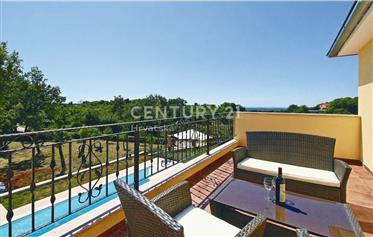 Kuća : 218 m²