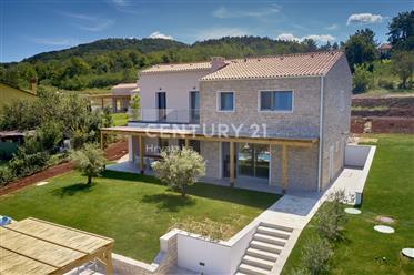 Kuća : 209 m²
