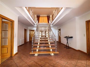 Excelente moradia T5 nas proximidades da vila de Proença-a-Nova, Castelo Branco