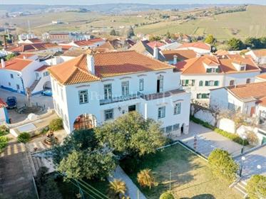 Ferme de 2,6 ha située à 30 minutes de Lisbonne