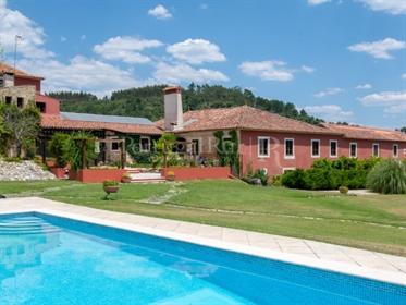 Fantastique Manoir avec piscine et jardins