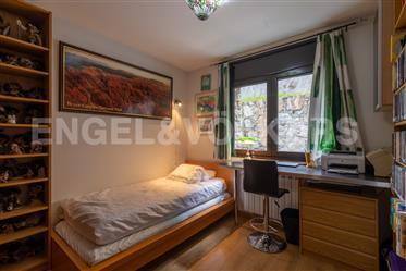 Idílico piso con terraza y vistas en Anyós