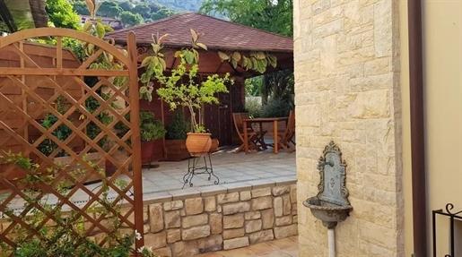 Maisonnette 245 m2, Agia Marina, Koropi, 720 000 €