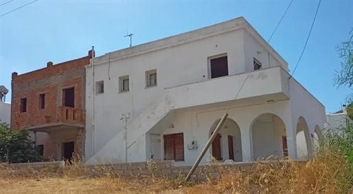 Συγκρότημα διαμερισμάτων 330 τ.μ., Κώστος, Πάρος, 250.000 €