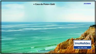 Casa na praia de Galé