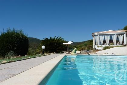 Cavalaire Plage à pied à 350 mètres, Villa de 85m² avec très...