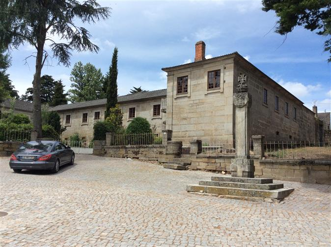 Old House of the 19th century to the Portugal