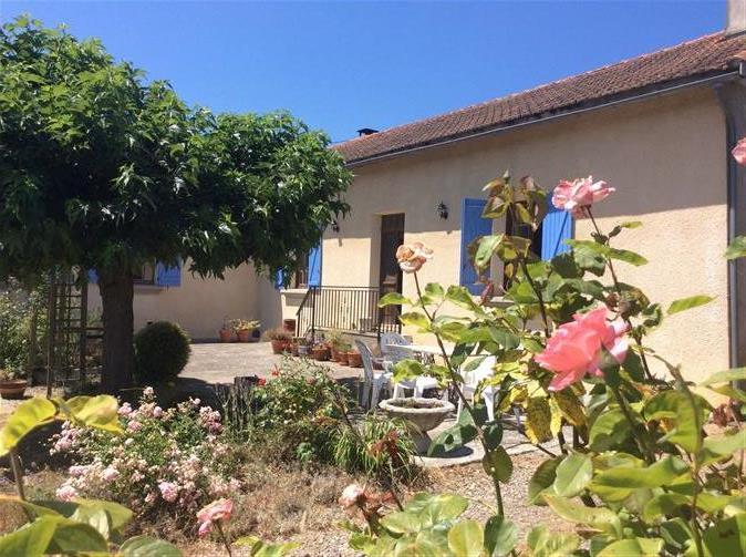 Charming Detached Bigorre-style Farmhouse