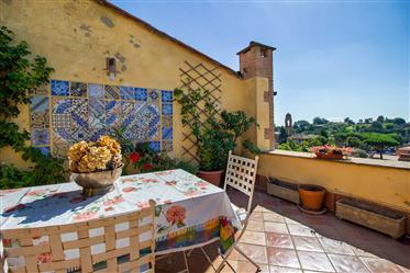 Prestigioso appartamento nel centro storico del Borgo di Città della Pieve
