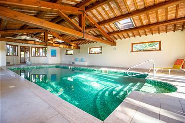 Meraviglioso Casale con Spa e piscina coperta