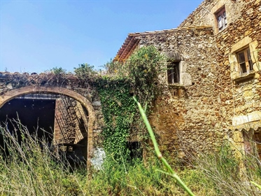Unique Masia to rehabilitate in Pals,an emblematic town of Baix Emporda, characteristic fo