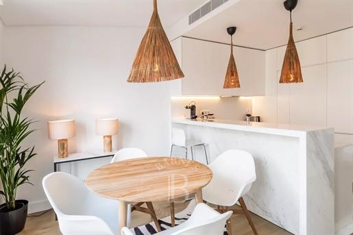 Διαμέρισμα : 111 τ.μ.