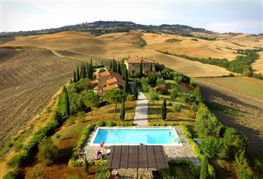 Sold apartment in village with condominium pool in the first...