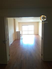 Wohnung: 140 m²
