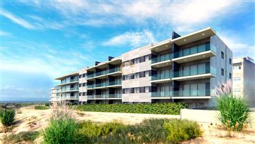 Apartamento T3 - Primeira Linha de Mar