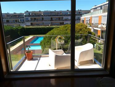 Apartamento T1+1 Novo - Luxo