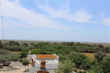 Moradia, vista de Mar.