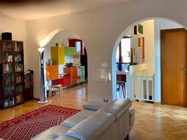 Villa bifamiliare, buono stato, 200 mq, San Giuliano Terme |...