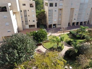 "Nice apartment in North Ta -"" Ramat Aviv Hadash """