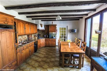 Maison : 150 m²