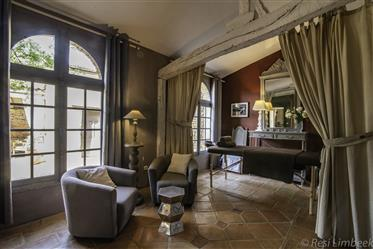Exceptional Chartreuse in Small Village, Close to Toulouse