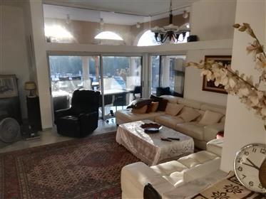 Luxury house for sale in Caesarea