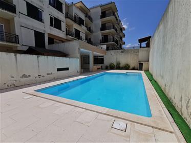 Fantástico Apartamento T3 com Piscina e ginásio no Bombarral
