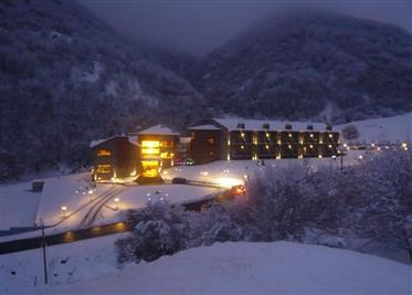 Venda Hotel em Agios Athanasios em Kaimaktsalan