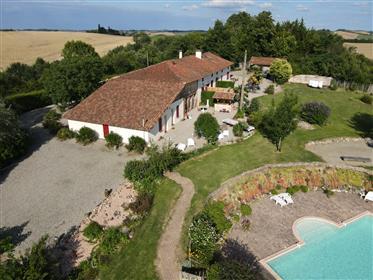 Kuća : 500 m²